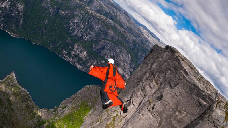 Base Jumping Norway