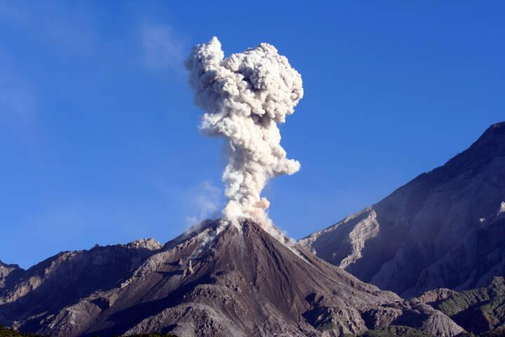 World's 9 Most Amazing Active Volcanoes
