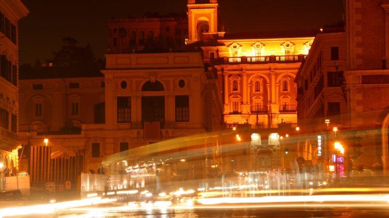 rome transit night