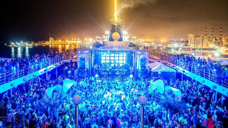 Photo by: Holy Ship!