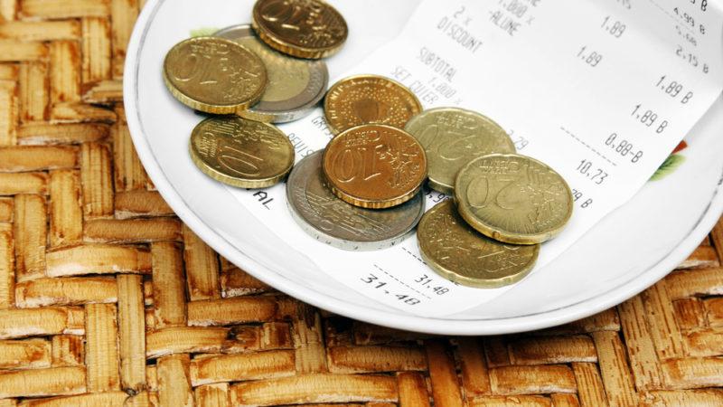 tipping euros