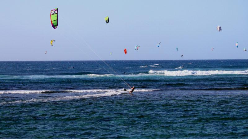 kite surfing hawaii
