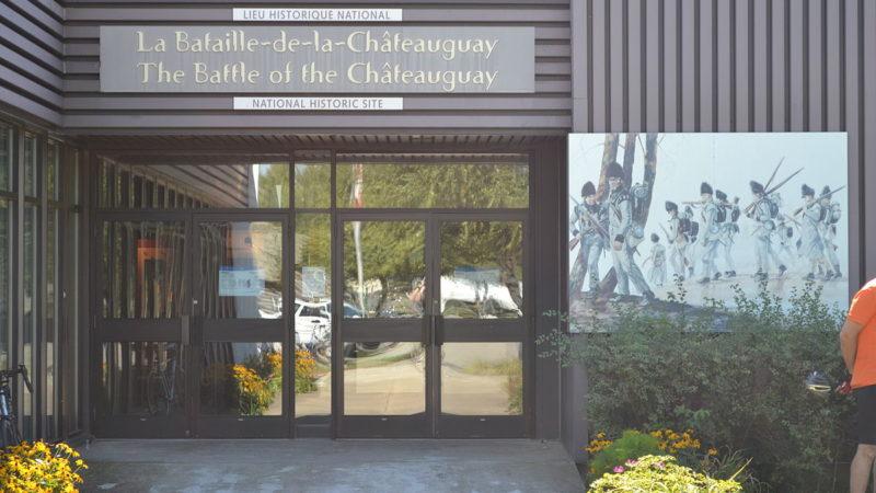 """""""Lieu historique national du Canada de la Bataille-de-la-Châteauguay 02"""" by Benoit Rochon - Own work. Licensed under CC BY-SA 3.0 via Wikimedia Commons."""