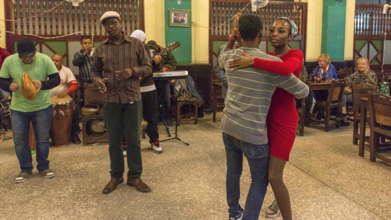Salsa dancing cuba