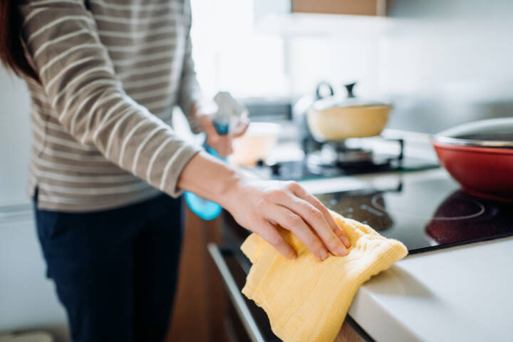 5 Quick Tricks To Help Your Keep Your Home Clean (Even When It's On the Market)