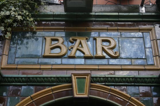 Pub Fascia Lettering
