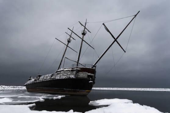 shipwreck lake ontario