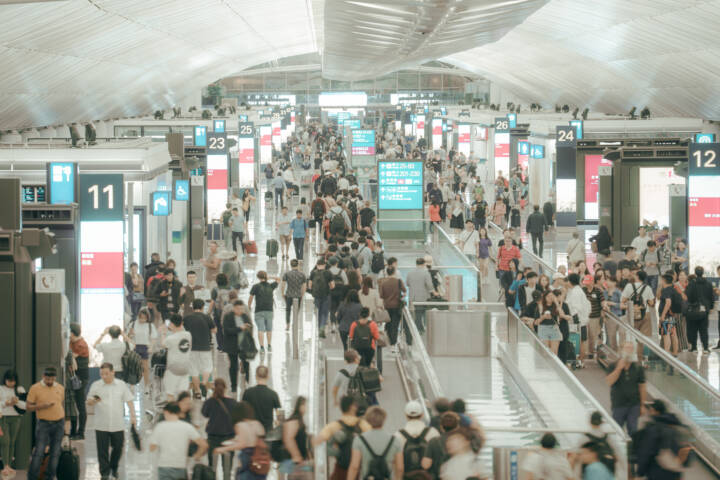 A Survival Guide For America's 5 Busiest Airports