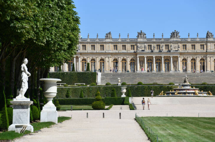 10 Reasons to Go to Paris Right Now