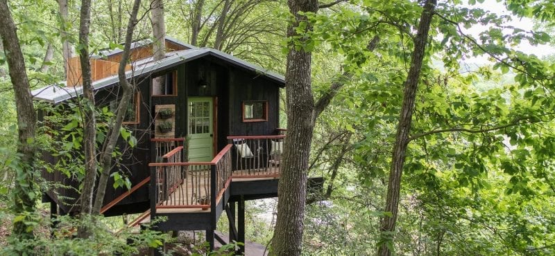 Crashing at Chattanooga's One-of-a-kind Dove Men+Care Elements Treehouse