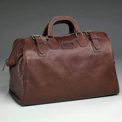 Duluth Trading AWOL Bag: A Timeless, Military-inspired Weekender