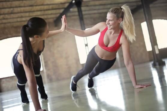 fitness plank women
