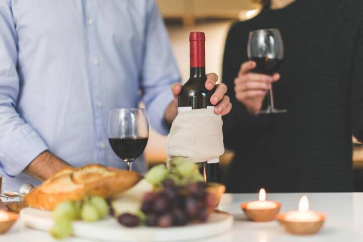5 Frugal Wine Gifts Under $40