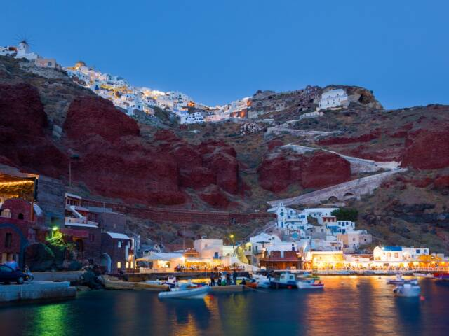 10 Things To See And Do On Your Trip to Santorini, Greece