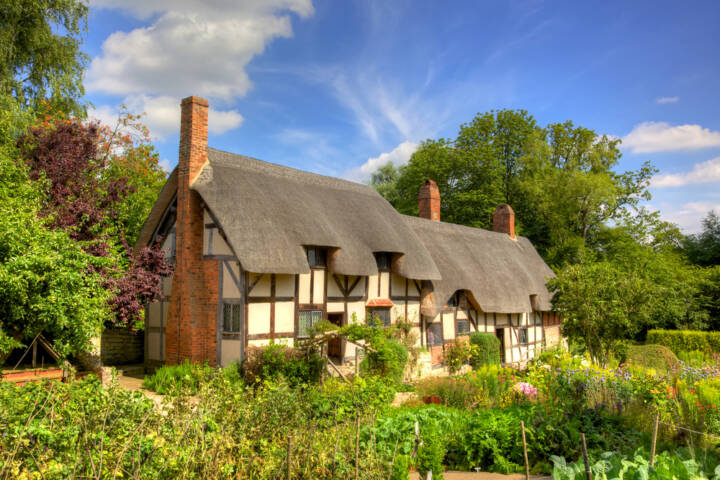 12 Must See Places for Lovers of Classic British Literature