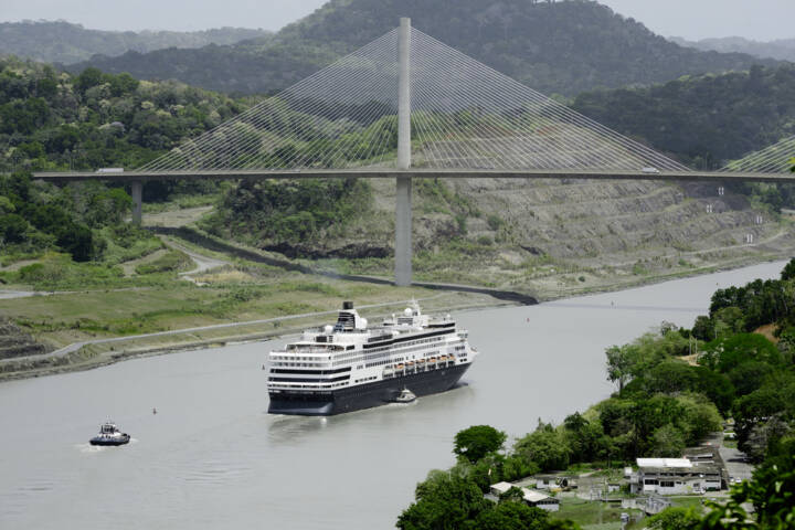 9 Awesome Reasons to Book a Cruise Through the Panama Canal