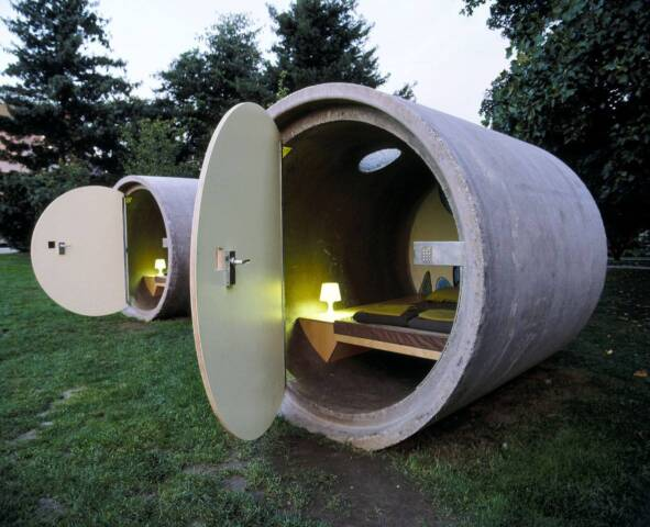 11 of the World's Smallest Hotel Rooms