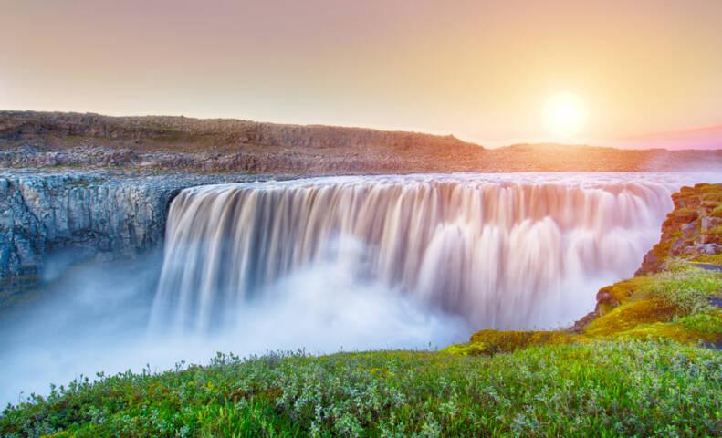 10 Waterfalls to See Before You Die