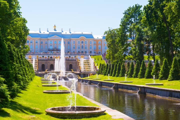 7 Ways to Explore Saint Petersburg, Russia