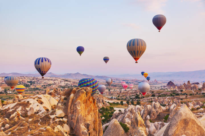 7 Best Places To Take A Hot Air Balloon Ride