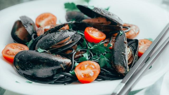 The Best Phoenix Area Seafood Restaurants for Fresh Fish
