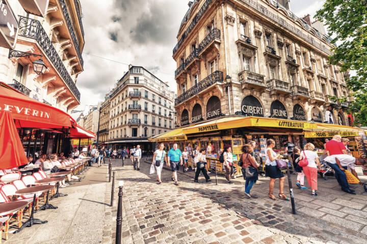 The Best Paris Neighbourhoods To Visit