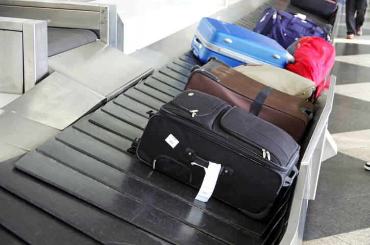 The Best Ways to Avoid Airline Baggage Fees